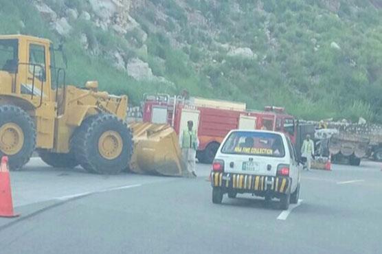 Four dead, 12 injured in road accidents in Kalar Kahar, Bhakkar