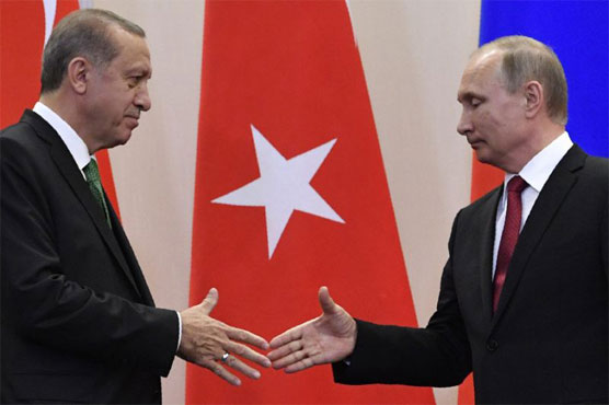 Putin heads to Turkey for talks on weapons deal, Syria