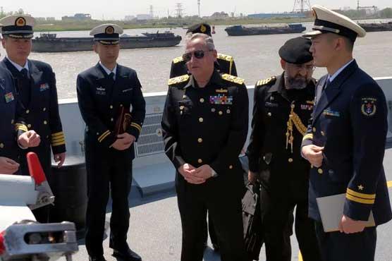 Naval Chief Admiral Zafar Abbasi visits Shanghai Naval Base