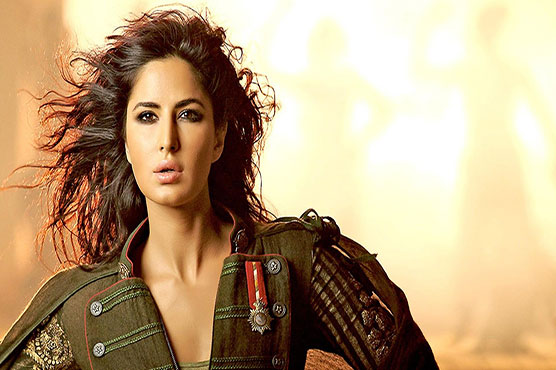 Katrina Kaif lights up the frame single-handedly, pictures inside