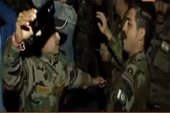 Rare scenes: Pak-India soldiers dance together on Bollywood songs