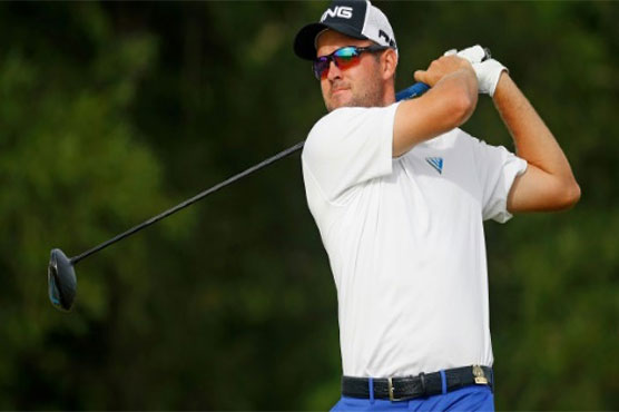 Oliver Bekker leads Alfred Dunhill Championship as star names struggle