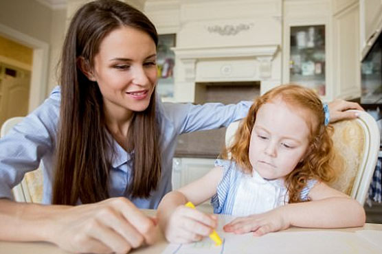 Nannies in Britain can earn up to 100,000 Euros every year: report