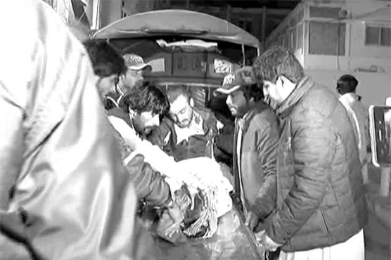 Five dead, fifteen injured as bus falls into ditch in Quetta