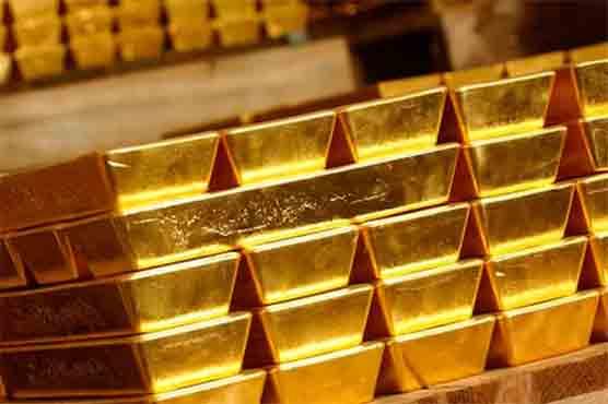 Gold price suffers minor loss of Rs50 per tola