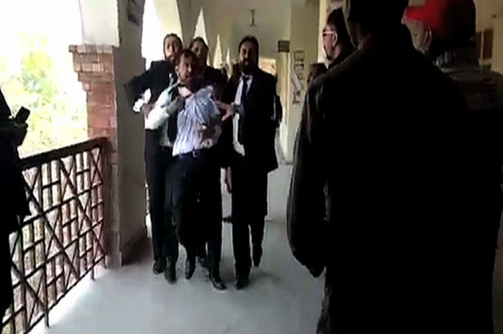 Two lawyers killed by firing at Lahore sessions court