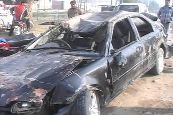 Four killed as car plunges into sewerage nullah in Gujranwala