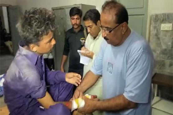 Tandu Allahyar: 11 schoolchildren, two teachers injured as van overturns