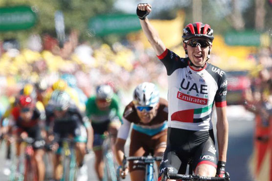 Martin wins Tour de France's 6th stage, Van Avermaet keeps yellow jersey