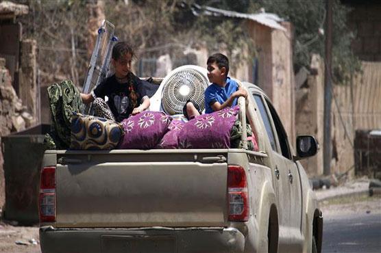 Syrian refugees return home from Lebanon