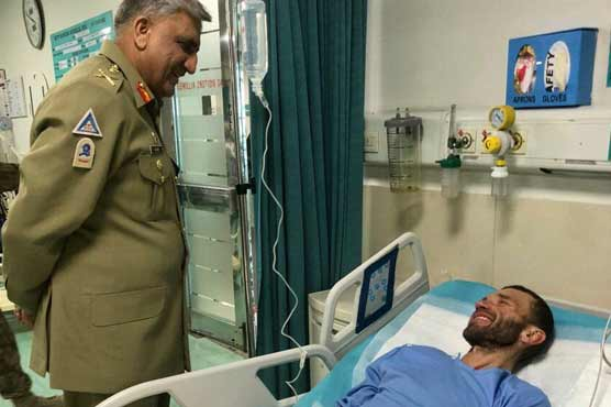 Pakistani army rescues Russian climber from mountainous region