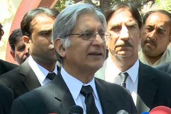 Nawaz using tactics to delay judicial verdict against him, says Aitzaz Ahsan
