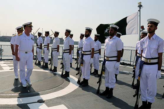 Chief of Italian Navy visits Naval Field Commands in Karachi