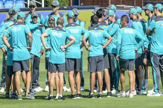 Australians start new cricket regime with a handshake