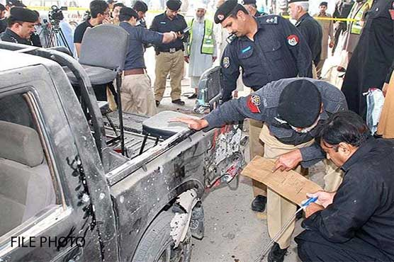 Two police martyred as roadside bomb targets DPO's convoy in DI Khan