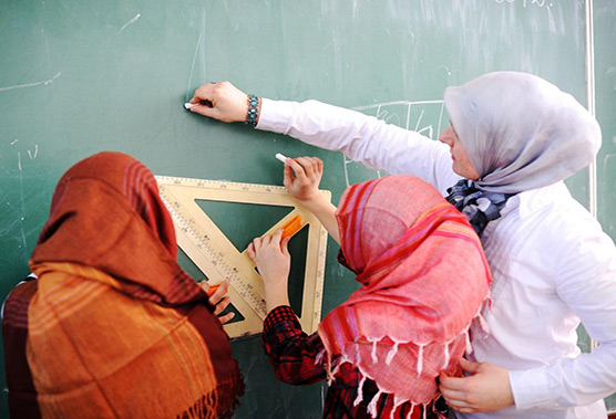 England: Teaching Union says schools watchdog's 'very political' stance against hijab increases physical threats to Muslims