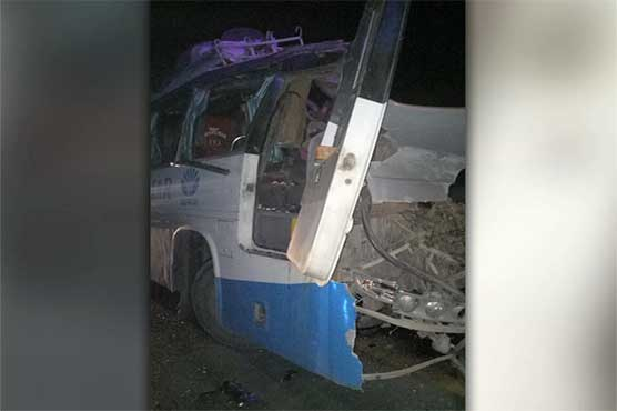 Four killed, 10 injured as bus collides with dumper in Faisalabad