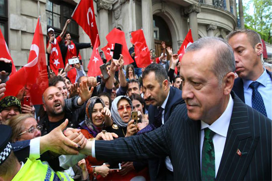 Erdogan in Britain for talks with 'valuable' ally