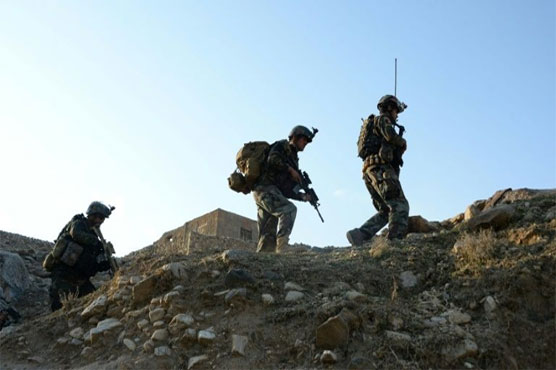 Taliban 'retreat' as US, Afghan forces hold western city