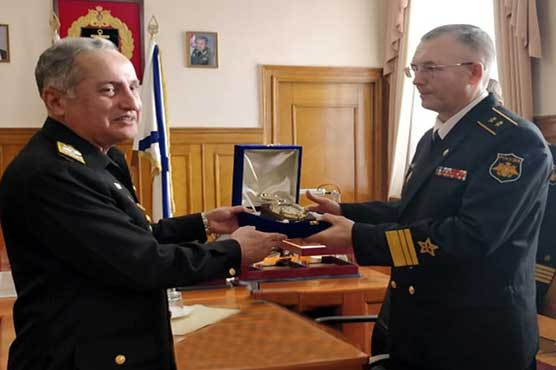 Naval Chief visits Baltic fleet headquarters in Russia
