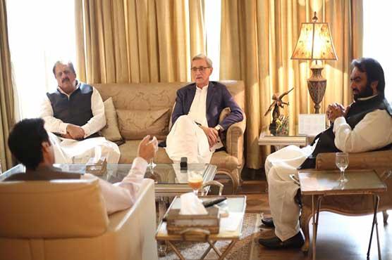 'Control Chaudhry Sarwar,' Pervaiz Elahi tells Tareen
