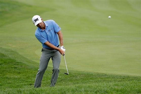 Charles Howell III opens up two-shot lead at RSM Classic