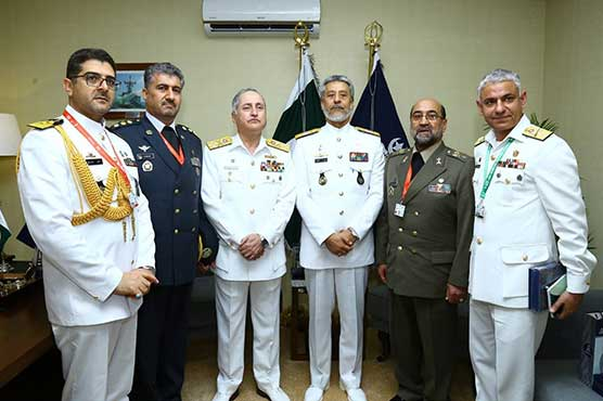 Naval Chief meets delegations at IDEAS 2018 exhibition