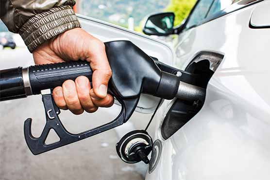 Govt decides to reduce petrol, diesel prices by Rs2 per litre