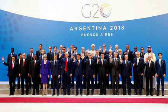 Cameramen compete to take Crown Prince's pictures at G20