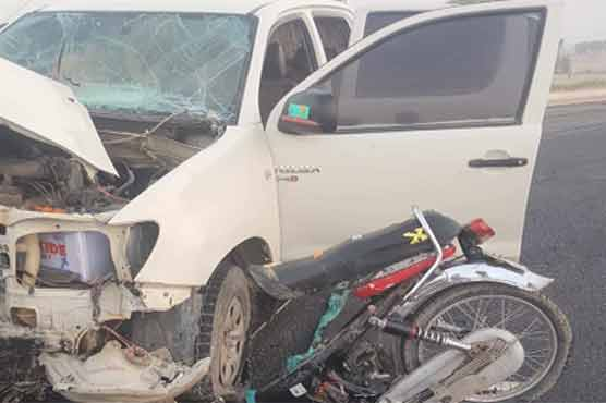 Multan: Car, motorcycle collision claims three lives
