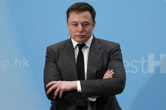 Elon Musk takes a swing at the SEC, in a tweet