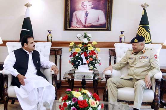 Corps Commander Lt Gen Amir Riaz calls on CM Buzdar