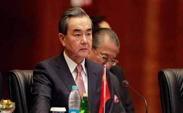 Chinese top diplomats in Pakistan to meet new government