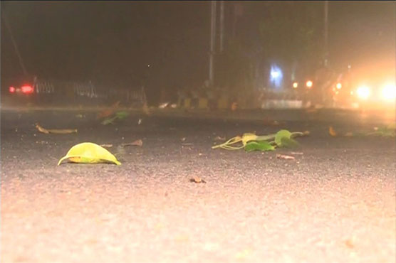 Dust storm, rain hit Lahore and other cities