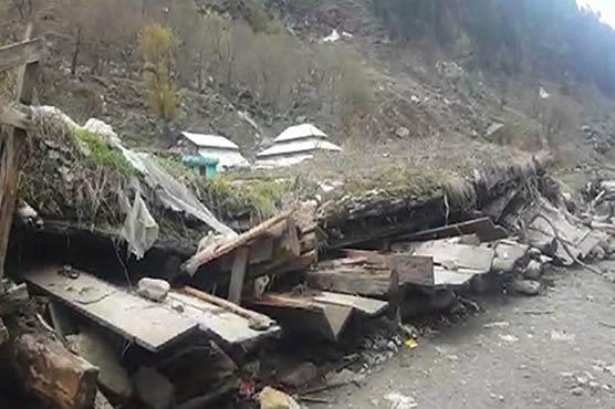 Ten shops, hotels collapse as torrential rain hits Balakot