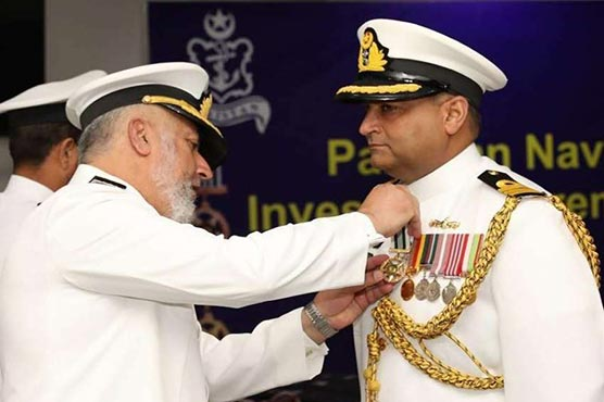 Vice Chief confers military awards upon Pakistan Navy personnel
