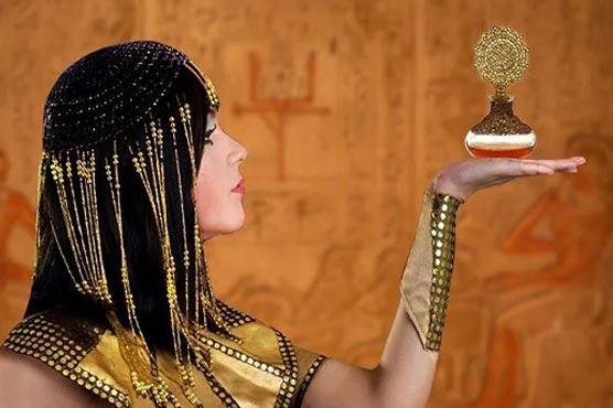 https://dunyanews.tv/en/WeirdNews/505665-Scientists-recreate-Queen-Cleopatra-perfume-