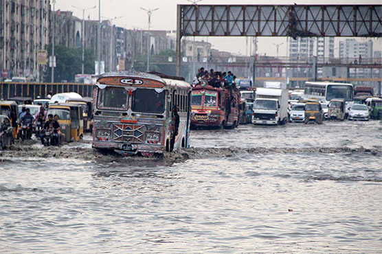 Heavy rain, power outages bring more misery for Karachiites