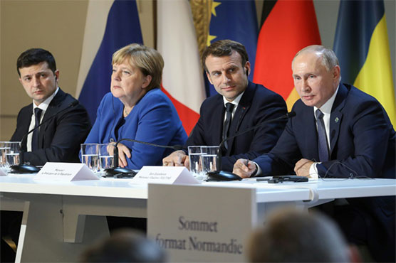 Divisions exposed as Russia, Ukraine leaders hold first meeting
