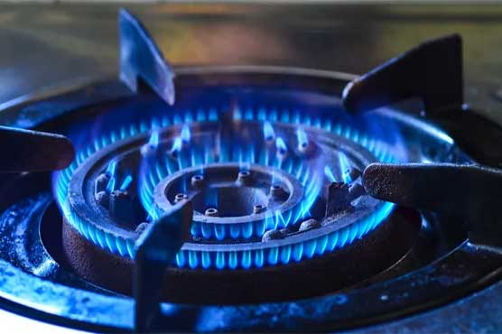 PM Imran takes notice of hike of gas bills, orders inquiry