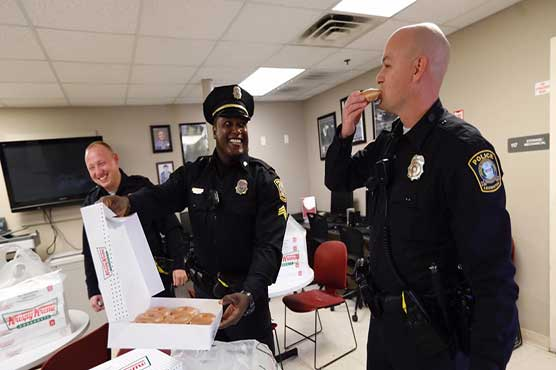 Krispy Kreme delivers doughnuts to officers mourning pastry loss
