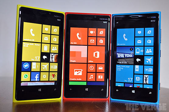 Windows Phone users, you have just 323 days to switch to