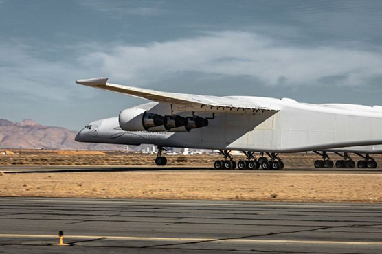Stratolaunch is ready to launch twin-fuselage plane in 2019