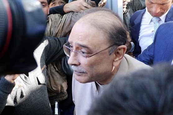 IHC postpones hearing of PTI's plea against Zardari's disqualification