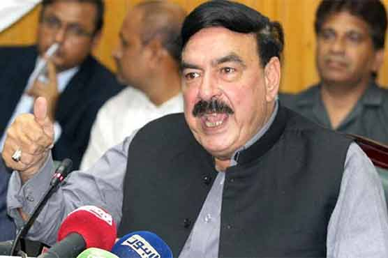 Those involved in trains clash would be punished: Sheikh Rasheed