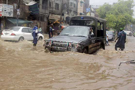 In Pictures: Lahore in grip of heavy monsoon rain