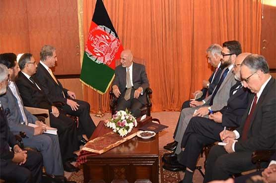 Shah Mehmood Qureshi, Ashraf Ghani discuss Afghan reconciliation process