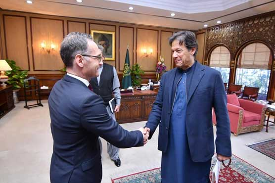 PM Imran meets German FM, stresses int'l community to take notice of HR violations in IoK