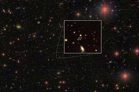483054 92707460 - سائنسدانوں نے 83 بلیک ہول دریافت کر لئے