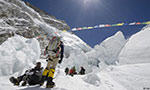 Melting Mount Everest glaciers reveal corpses of lost climbers